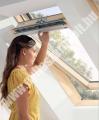 VELUX GZL 1050 /1050B billenő fa tetőablak